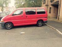 TOYOTA HIACE 2.5 D4D 9 seats minibus