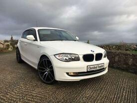 BMW 1 SERIES 116D SPORT (white) 2011