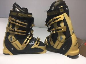 Great Quality Ski Boots Sizes  5-7