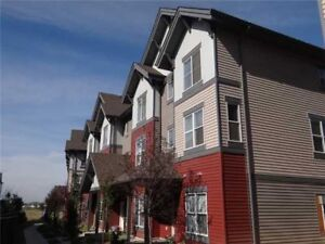 3 Bedroom (Attached Garage) townhouse in summerside Avail Now