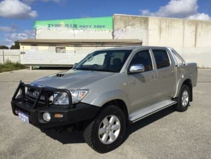 2011 Toyota Hilux KUN26R MY11 Upgrade SR5 (4x4) Sterling Silver 4 Speed Automatic Dual Cab Pick-up Maddington Gosnells Area Preview