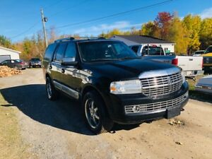 2007 Lincoln Navigator 250k loaded 4x4 dvd ect 6995$