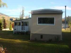 Mountain & River View Mobile Home In Vavenby