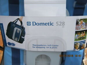 DOMETIC S28,THERMOELECTRIC SOFT COOLER,BRANE NEW