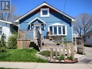 Furnished 4 bedroom home In Oshawa close to everything!
