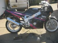 YAMAHA FZR 600 MOTORCYCLE-1992 MODEL-TWO OWNERS FROM NEW-20232 MILES-12 MONTH MOT