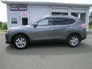 2015 Nissan Rogue S  SUV AWD 7 passenger navigation loaded