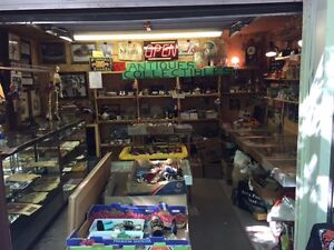 HIGH END COLLECTIBLES AT GARAGE #10,PINERY ANTIQUE MARKET EVERY
