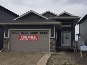 BRAND NEW TRUE-LINE HOME! BACKS ON TO A PARK! VANIER WOODS