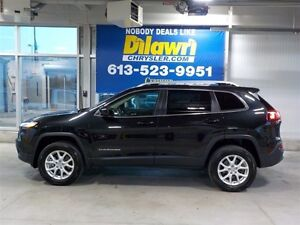 2016 Jeep Cherokee **REDUCED TO CLEAR**