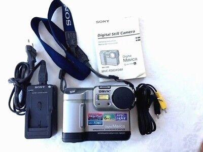 1º Camara Fotográfica Digital  Sony Mavica MVC-FD83 Vintage 1999 Estado Perfecto ()