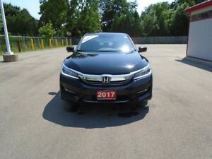 2017 Honda Accord Hybrid Touring 4dr FWD Sedan