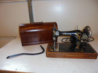 Vintage Working Model 128 Singer Sewing Machine W/Knee Bar
