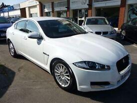JAGUAR XF 2.2 D SE BUSINESS 4d AUTO 163 BHP (white) 2012