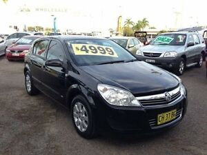 2007 Holden Astra AH MY08 CD Black 5 Speed Manual Hatchback Broadmeadow Newcastle Area Preview