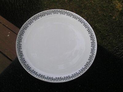 Black Rimmed Dinner Plate - Gildhar Mantilla Black Scrolled Rim White Dinner Plate