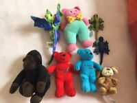 7 small toys