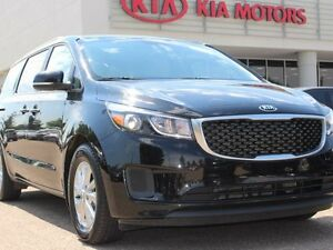 2017 Kia Sedona LX, BACKUP CAM, HEATED SEATS, BLUETOOTH, CRUISE,