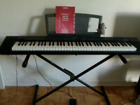 PIANO Yamaha NP30 Portable Grand - 100$