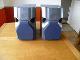 Pair of Sony 6 ohm speakers + stands