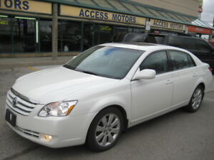 "2006 Toyota Avalon, Fully Loaded """"FERFECT CONDITION"""""