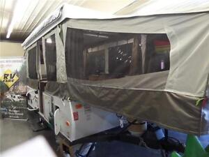 2016 FOREST RIVER FLAGSTAFF 228 FOLD DOWN