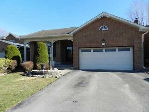 Newmarket-Whole house 4-Br-ASAP