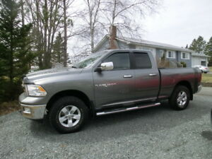 2012 Dodge Ram Quad Cab 1500 SLT Big Horn two yr warranty