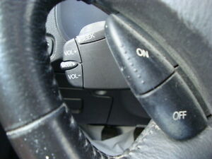 2007 FORD FOCUS SES HATCHBACK SNOW TIRES''GST INCLUDED'''' West Island Greater Montréal image 16