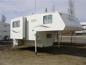 **$228/mo (oac)** NICE 10.4' WINTER TRUCK CAMPER for LONG BOX!
