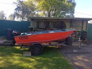 12 foot (3.6m) 1986 Brooker Tinny – Painted – Registered until 05 Riverview Ipswich City Preview