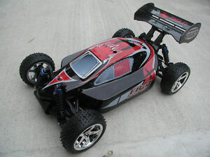 RC RTR 1/10 EP Brushless Motor 4WD Buggy BRAND NEW very fast