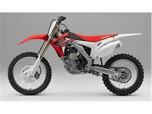 2016 Honda CRF450R Dirt Bike