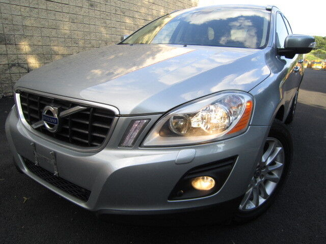 VOLVO XC60 AWD NAVIGATION HEATED SEATS PANORAMA ROOF SERVICE RECORDS