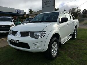2012 Mitsubishi Triton MN MY12 GL-R (4x4) White 5 Speed Manual Dual Cab Utility Young Young Area Preview