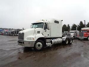 2012 MACK CXU613 PINNACLE HEAVY SPEC, HYDRAULIC WETLINE