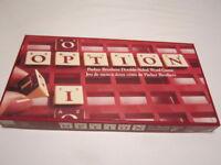 Jeu Scrabble à deux côtés appelé OPTION de Parker Brothers City of Montréal Greater Montréal Preview