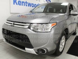 2015 Mitsubishi Outlander ES AWC, heated seats, black on grey an