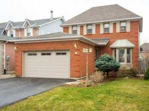 Nice House for rent in Waterdown  with a pool