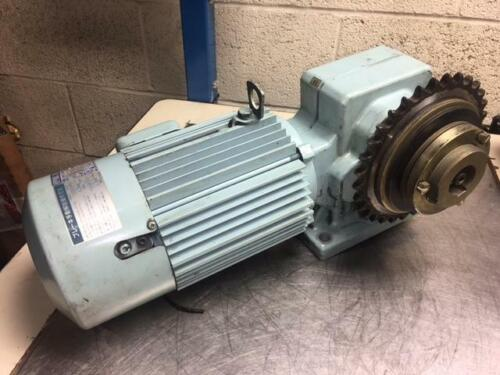 1 HP Sumitomo Hyponic Induction Geared Motor, RNHM1-43R-B-40, 40:1 Ratio, Used