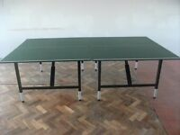Tennis Table .Folding legs . Size : H=76.5cm , W=273.5cm ( or 136.5cm each half ) , D=152.5cm