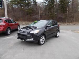 2014 FORD ESCAPE SE 4WD...LOADED!! ONLY $69 WEEKLY TAX INC!!