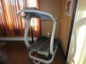 BOWFLEX Treadclimber TC 20 with heart moniter...