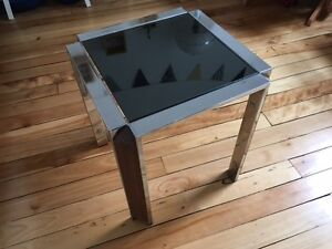 petite table vintage verre et métal chromé