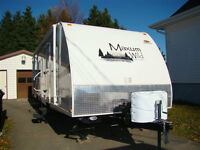 28' Camping Trailer (light weight)