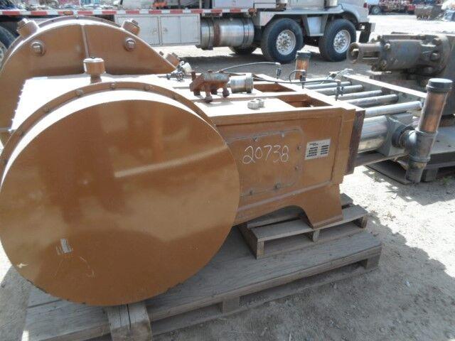 "Gardner Denver Model LC-1000 high pressure plunger pump w / 2-1/2"" SS fluid end"