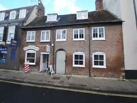 Beautiful 1 bedroom apartment to rent in Blandford! Available now!