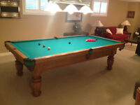 9' Solid Oak Dufferin Pool Table