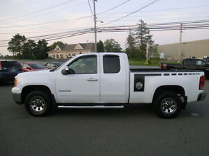 2011 GMC Sierra 1500 SL Nevada Edition 4x4 1 Owner FIN $192.BIWK