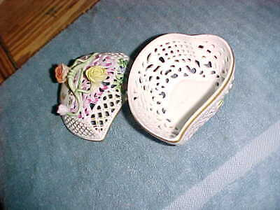 HEREND  -  HEART SHAPED TRINKET BOX  -  HAND PAINTED  BEAUTIFUL - 6200C Hand Painted Heart Shaped Box